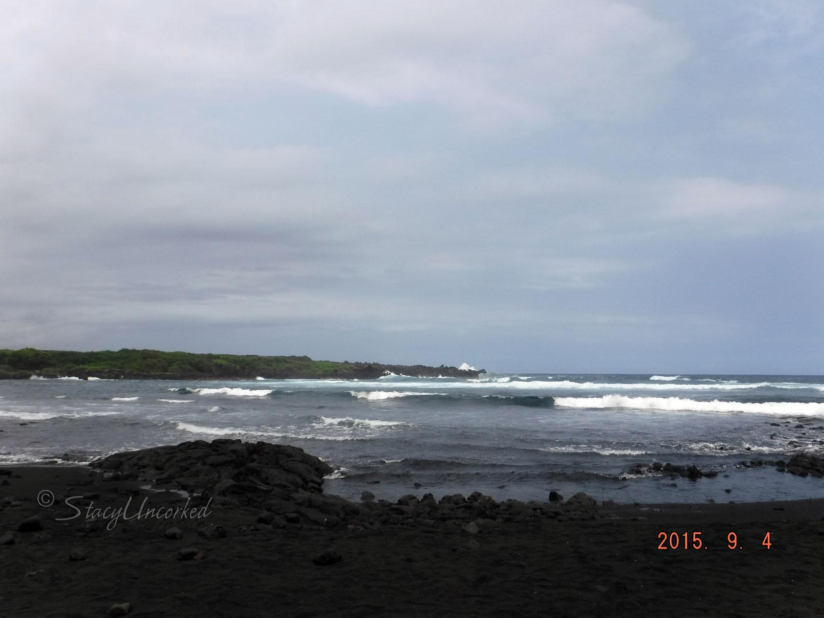 HawaiiBlackSandBeach3
