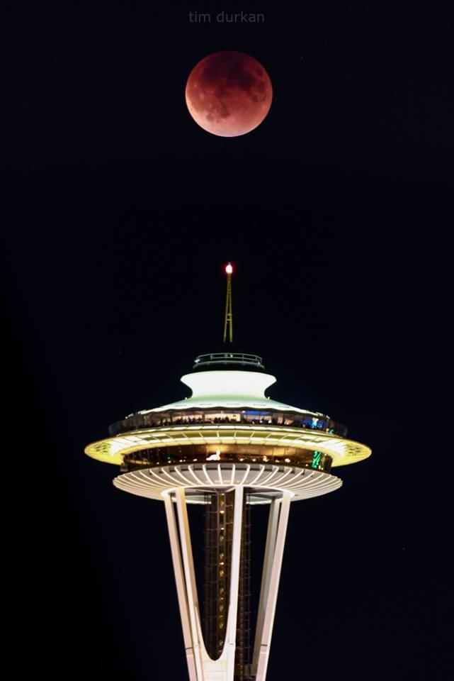 SuperMoonEclipse9-27-15TimDurkanSeattle